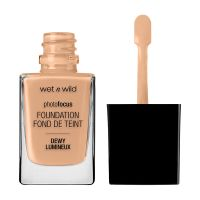 Wet n Wild Photo Focus Dewy Foundation 527E